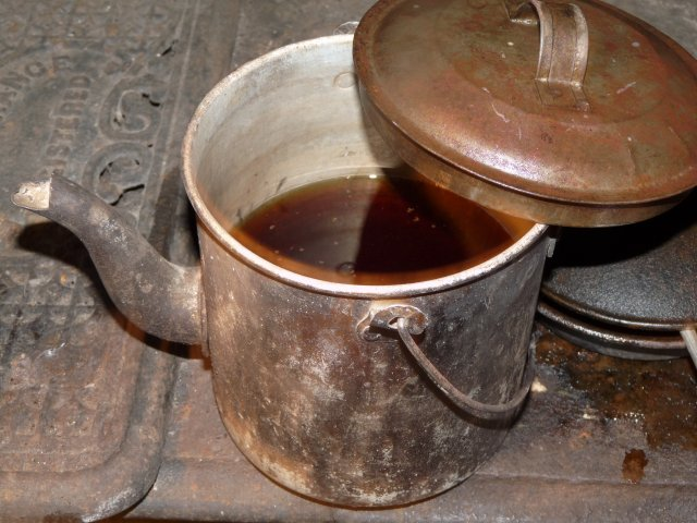 Tea and flour were basic Guringai commodities by 1840
