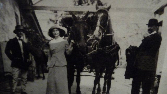 Daughter of Thomas Fiaschi at Tizzana winery, Sackville Reach, c1900.