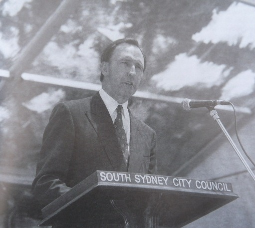 Paul Keating delivering the Redfern speech