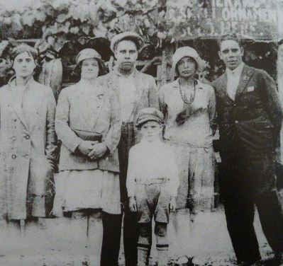 Mary Fletcher, Mabel brooks, Alfred Stubbings, Mary Hannah and Jackie Brooks
